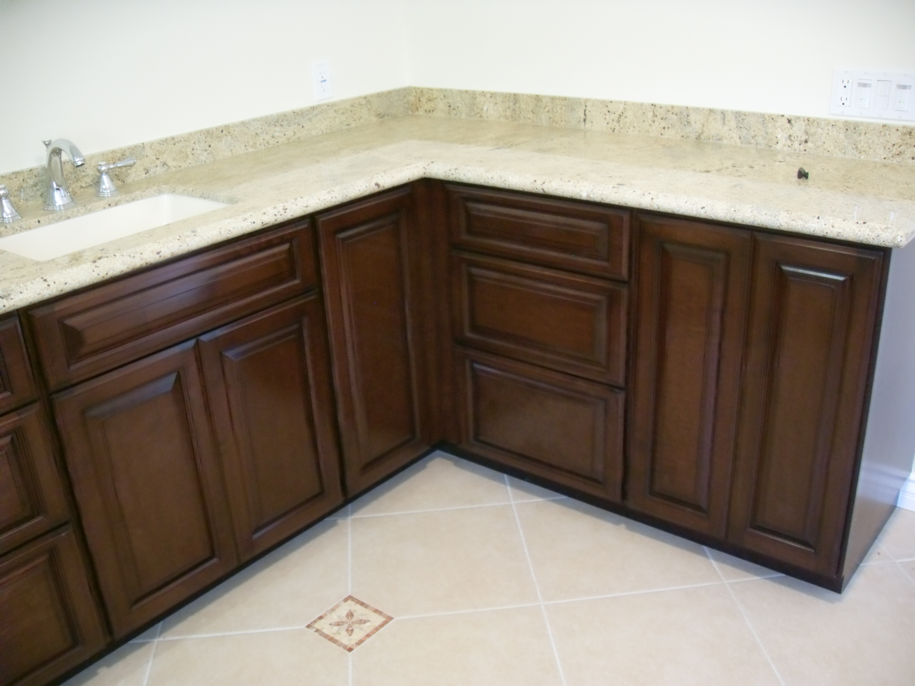 Water based lacquers woodfinishers weblog for Catalyzed lacquer kitchen cabinets